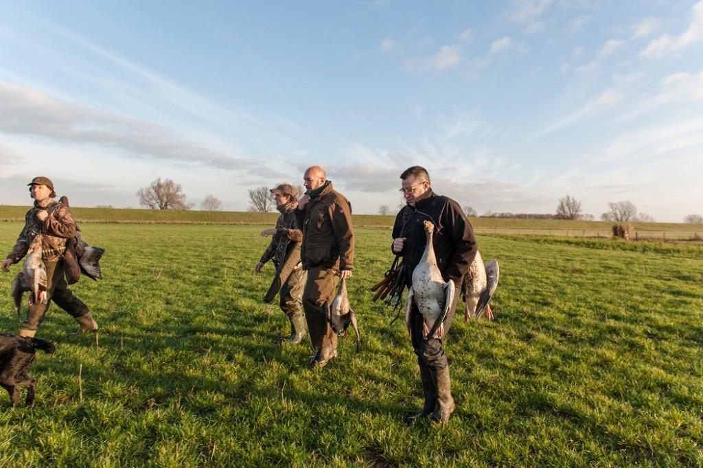 Na een succesvolle ochtend op de ganzen, fotograaf: Anoeska van Slegtenhorst