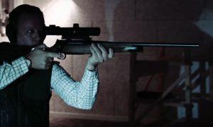 Oefenen kogelschieten voor Junior Jagers bij schietbioscoop Van Seventer in Harderwijk