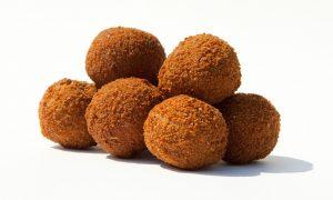 Nieuwe snack gelanceerd: de Limburgse Wild Bitterbal – 1 Limburg