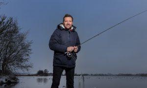Persbericht – TV-presentator Klaas van der Eerden: 'Tijd voor nieuw vis- en jachtprogramma op Nederlandse televisie'